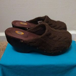 Dr. Scholl's knitted clogs